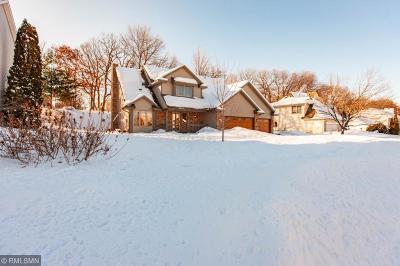 Woodbury Single Family Home Contingent: 956 Stewarton Drive