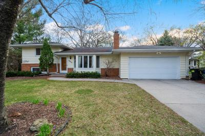 Edina Single Family Home For Sale: 6804 Limerick Lane