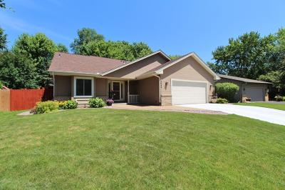 Eagan Single Family Home For Sale: 3644 Ashbury Road