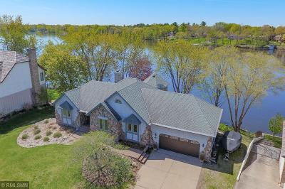 Anoka Single Family Home For Sale: 442 River Lane