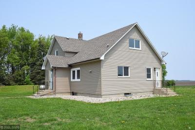 Sibley County Single Family Home For Sale: 21861 631st Avenue