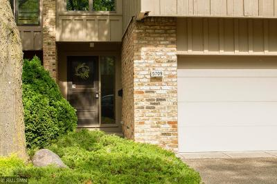 Edina Condo/Townhouse For Sale: 5709 Duncan Lane