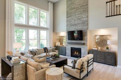 Prior Lake Single Family Home For Sale: 14275 Meadowlawn Trail