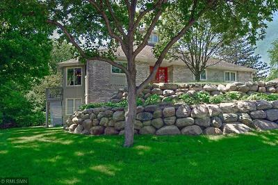 Minnetonka Single Family Home For Sale: 18441 Beaverwood Road