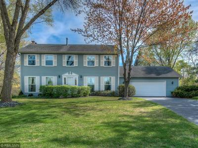 Oakdale Single Family Home Contingent: 6305 Upper 44th Street Court N