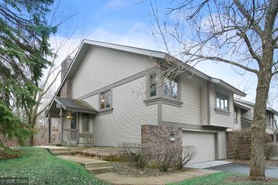 Bloomington Condo/Townhouse Contingent: 9228 Decatur Avenue S