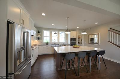 Lakeville Single Family Home For Sale: 16345 Dryden Road