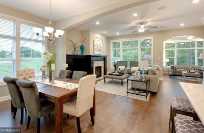 Savage Condo/Townhouse For Sale: 13330 Hillsboro Avenue
