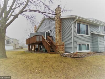Lakeville Condo/Townhouse Contingent: 16197 Flagstaff Court S