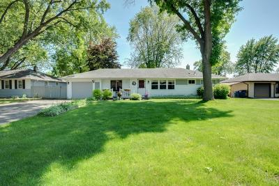 North Saint Paul Single Family Home For Sale: 2296 Shoshone Road