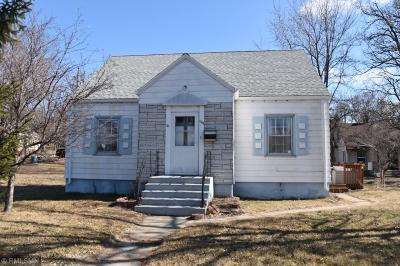Sauk Rapids Single Family Home For Sale: 612 N Benton Drive