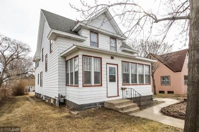 Single Family Home Contingent: 112 13th Avenue S