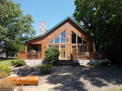 Pine City Single Family Home For Sale: 330 2nd Avenue NE