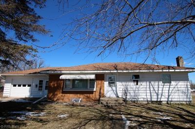 Staples Single Family Home For Sale: 1021 2nd Avenue NE