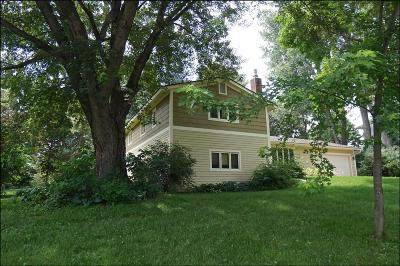 Northfield Single Family Home For Sale: 1304 Liberty Court