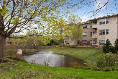Golden Valley Condo/Townhouse For Sale: 9225 Medicine Lake Road #206B