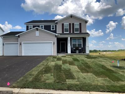 Lakeville MN Single Family Home For Sale: $422,085