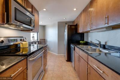 Minneapolis Condo/Townhouse For Sale: 20 2nd Street NE #P2102