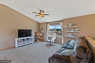 Chisago City Single Family Home For Sale: 31053 Algonquin Trail