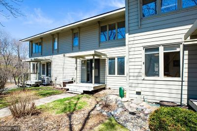 Bloomington Condo/Townhouse For Sale: 10217 Scarborough Road