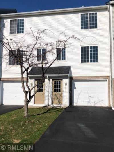 Apple Valley Condo/Townhouse For Sale: 15557 Flight Way #124