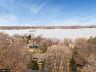 Prior Lake Single Family Home Contingent: 16588 Ramsey Avenue SW