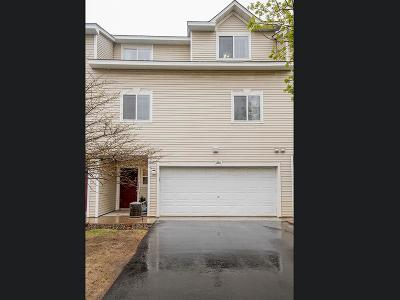 Coon Rapids Condo/Townhouse For Sale: 1066 108th Lane NW