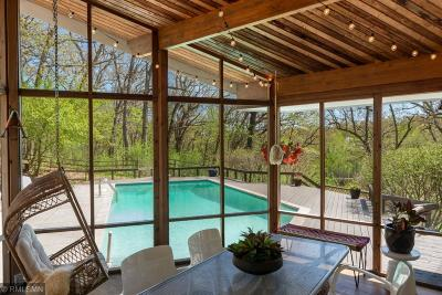 Deephaven Single Family Home For Sale: 4282 Circle Drive