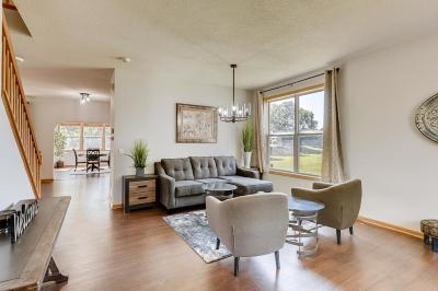 Apple Valley Single Family Home For Sale: 14376 Flora Way