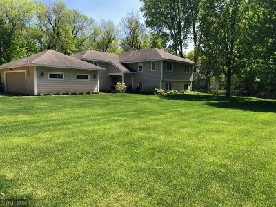 Shorewood Single Family Home For Sale: 6025 Apple Road