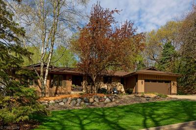 Minnetonka Single Family Home Contingent: 15340 Highland Place