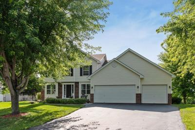 Waconia Single Family Home For Sale: 1082 Pond Curve