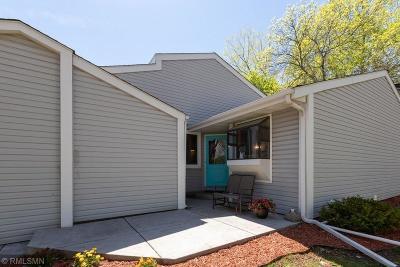 Shoreview Condo/Townhouse For Sale: 4221 Sylvia Lane S