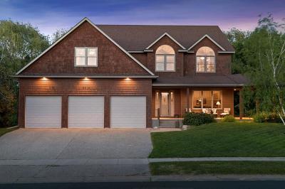 Eden Prairie, Chanhassen, Chaska, Carver Single Family Home For Sale: 6919 Country Oaks Road