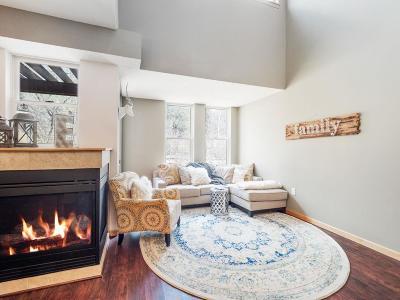 Stillwater Condo/Townhouse For Sale: 640 Main Street N #37