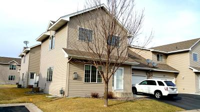 Coon Rapids Condo/Townhouse For Sale: 1475 128th Avenue NW