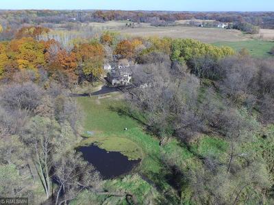 Scott County Single Family Home For Sale: 18861 Fairlawn Avenue