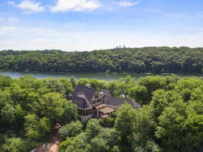 Hennepin County Single Family Home For Sale: 1405 Island Drive