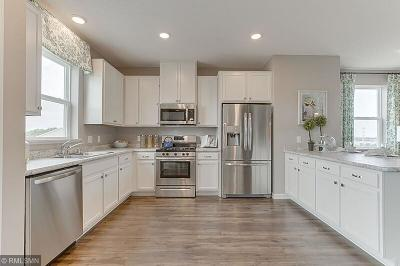 Woodbury Condo/Townhouse For Sale: 8733 Granite Circle