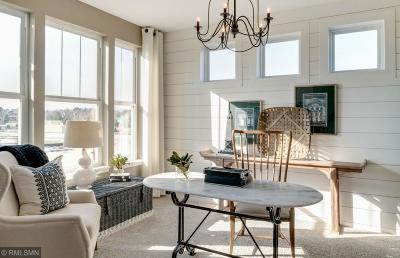 Lakeville Single Family Home For Sale: 20655 Granville Lane