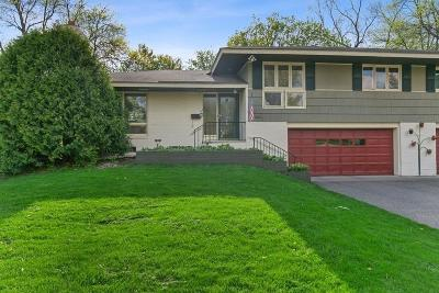 Edina MN Single Family Home For Sale: $359,900