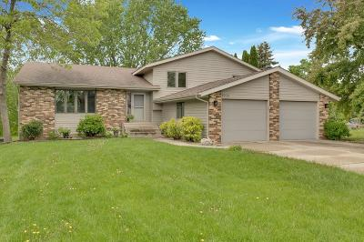 Northfield Single Family Home For Sale: 1508 Lindberg Court