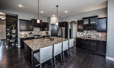 Prior Lake Single Family Home For Sale: 16560 Eagle Creek Court SE