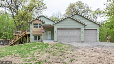 Isanti Single Family Home For Sale: 28468 Century Court NW