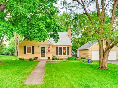 Minnetonka Single Family Home For Sale: 3417 Therese Street