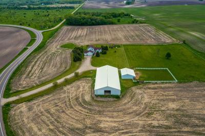 Wright County Single Family Home For Sale: 2580 County Road 4 SW