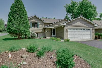 Eagan Single Family Home For Sale: 1442 Blackhawk Lake Drive