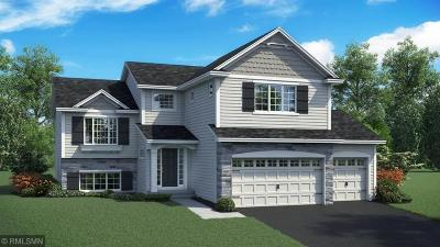 Lakeville Single Family Home For Sale: 17802 Essex Lane
