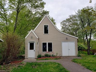 Single Family Home For Sale: 470 Hill Street