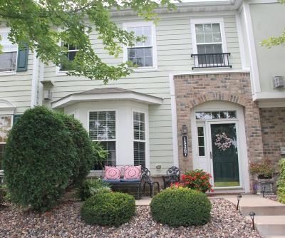 Apple Valley Condo/Townhouse Contingent: 15367 Foliage Avenue